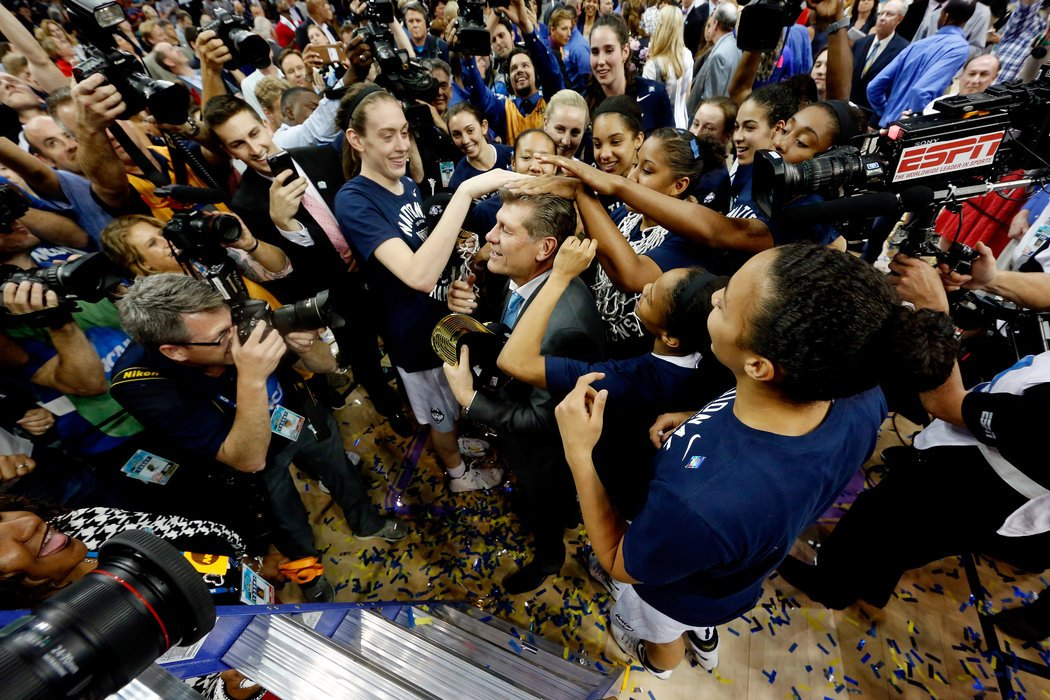 UConn Sees Lone Loss as Turning Point in a Championship Season